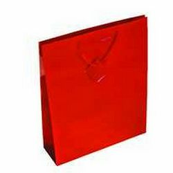 Vrećica glossy M crvena